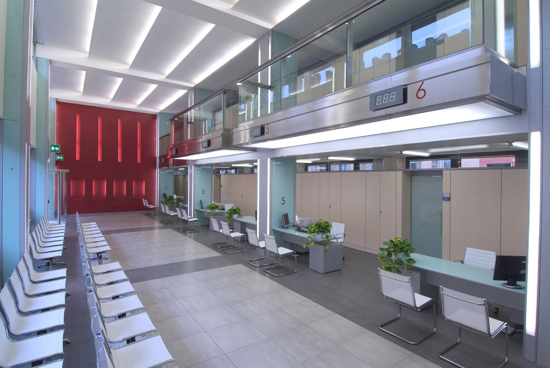 Attesa Uffici Palazzo dell' Anagrafe