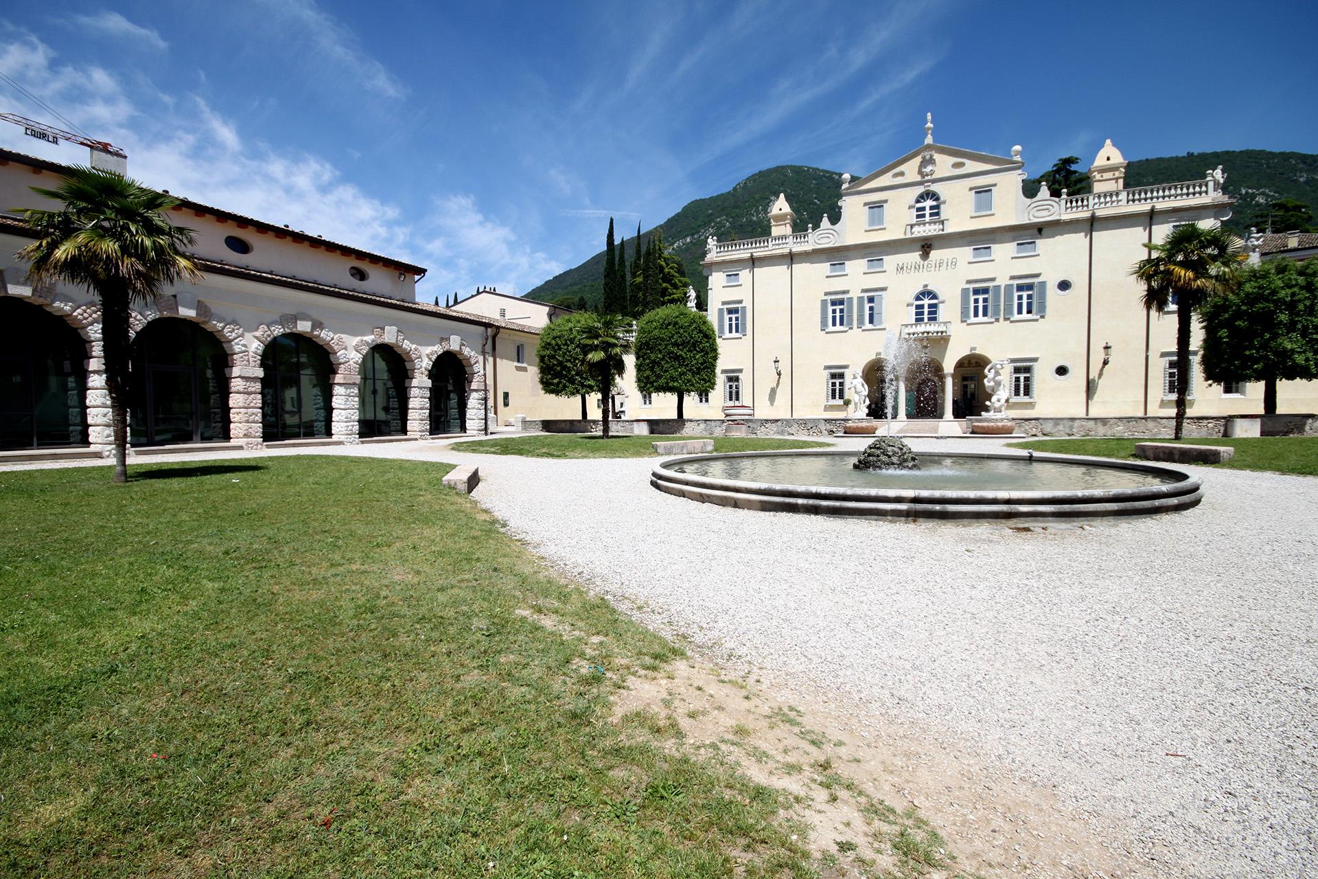 municipio Caprino Veronese Villa Carlotti