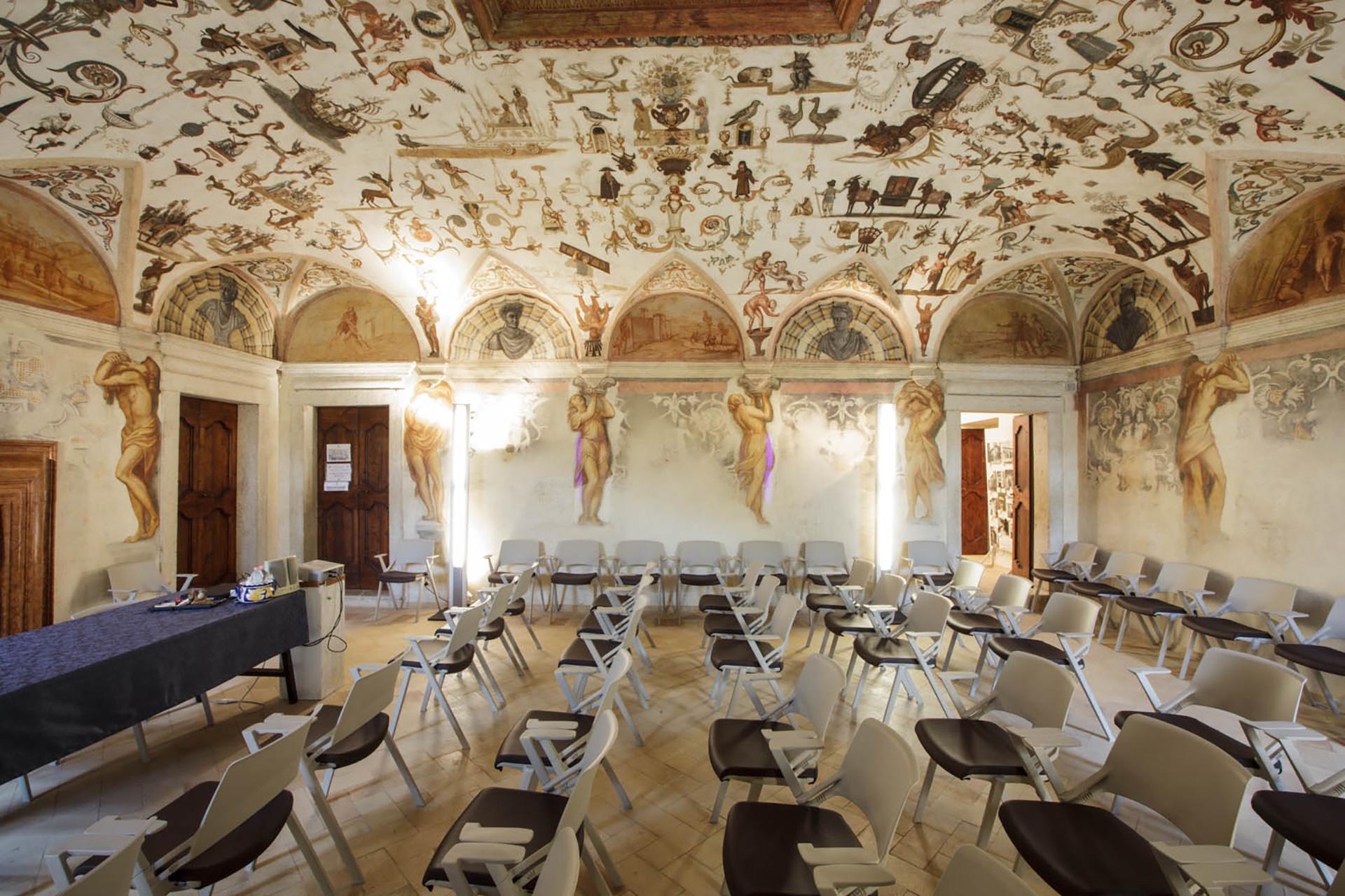 affreschi Villa Carlotti