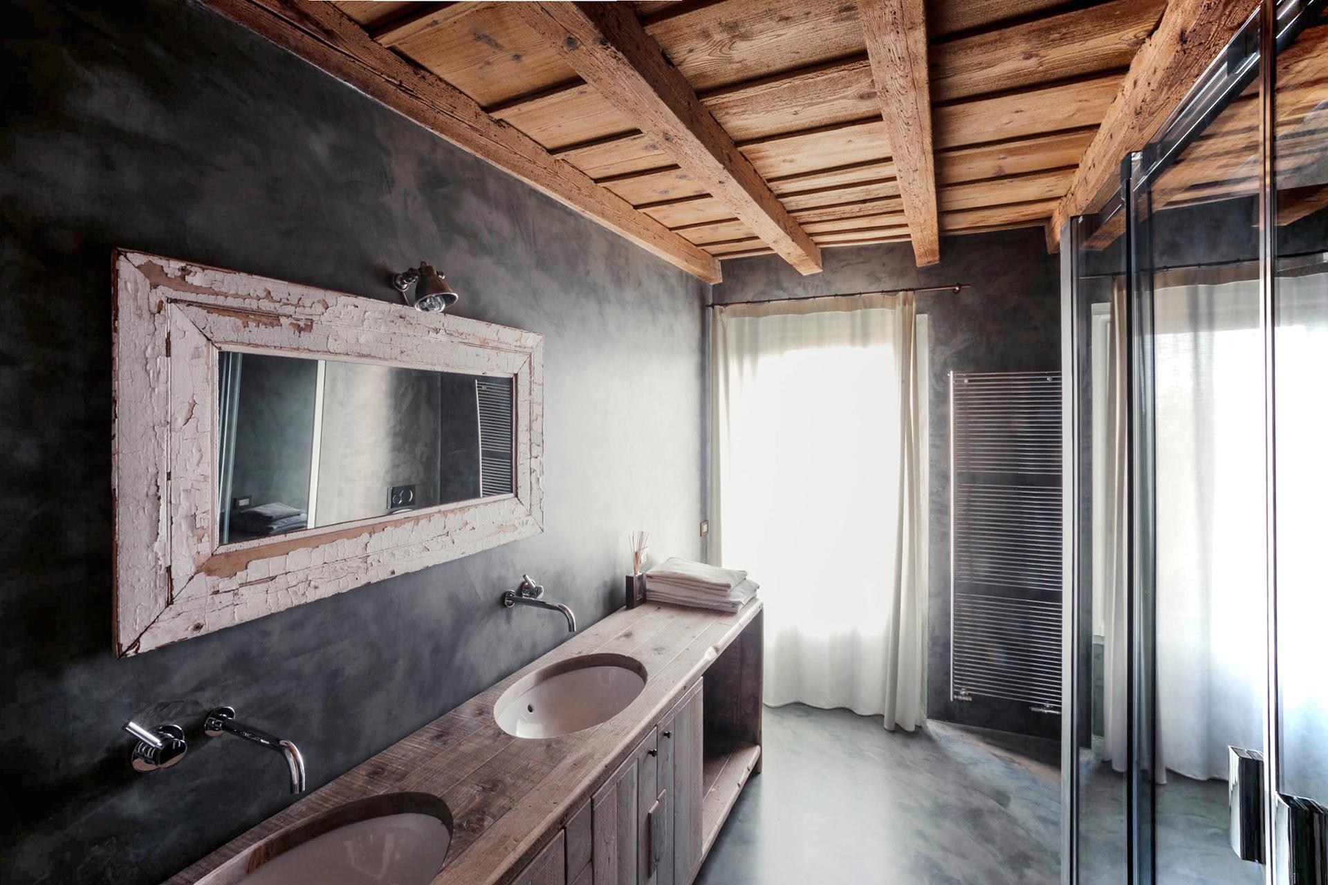 bagno resina legno vintage corte rustica