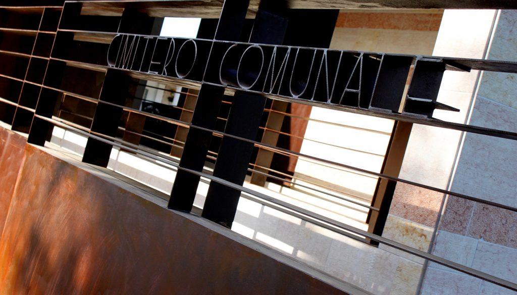 lettering parapetto cimitero comunale