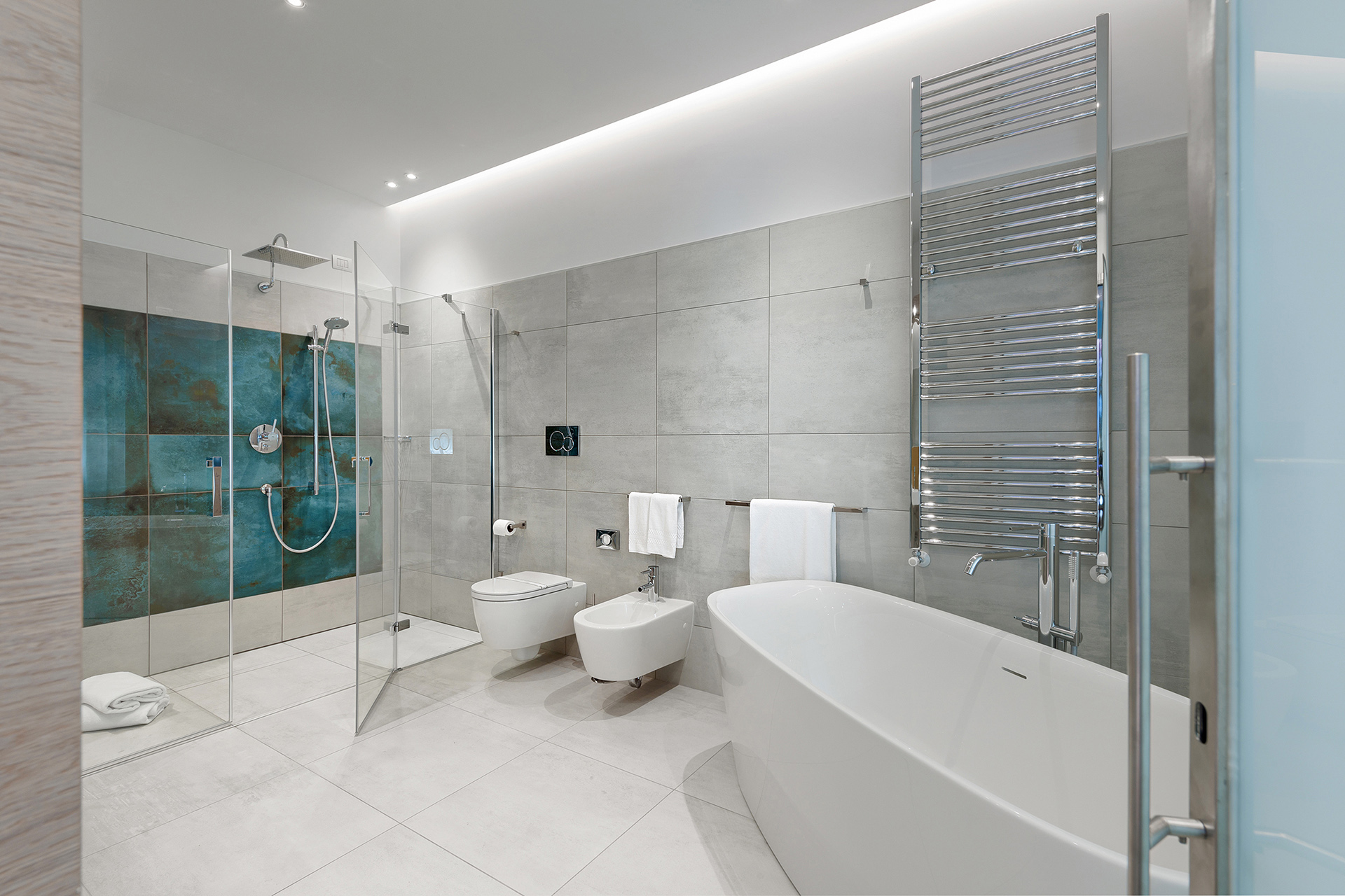 bagno design hotel air suite