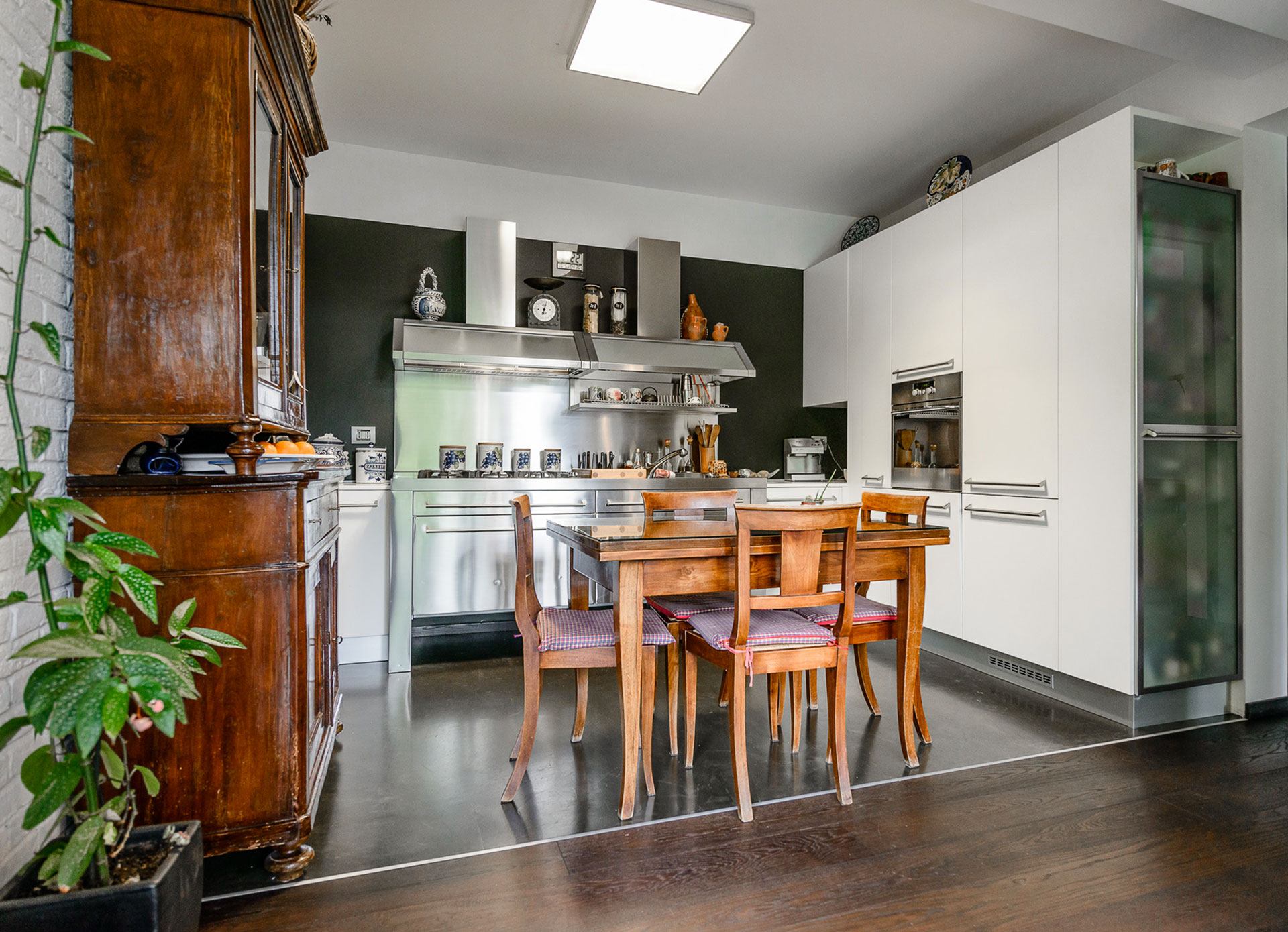 tavolo cucina villa C